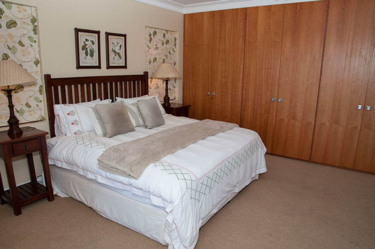 Pezula Realty and Letting, 6 Dunnage DN6 www.pezularealtyandletting.co.za